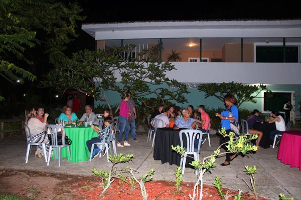 Pre apertura en trapiche bar y tapas buenapetito for Actividades en el jardin botanico de caguas